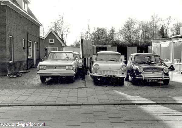 Garage Bakker Apeldoorn : Neem een kijkje bij oud apeldoorn
